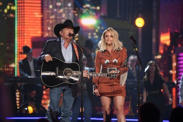 George Strait and Miranda Lambert performing at the 54TH ACADEMY OF COUNTRY MUSIC AWARDS. | Photo: Getty Images.