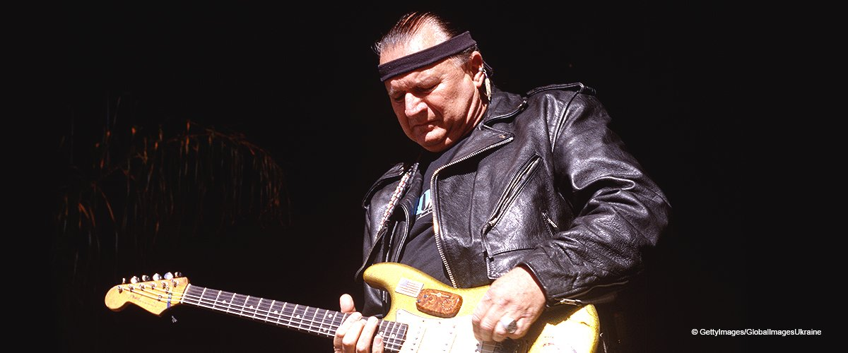 Dick Dale 'King of the Surf Guitar' Dies at 81