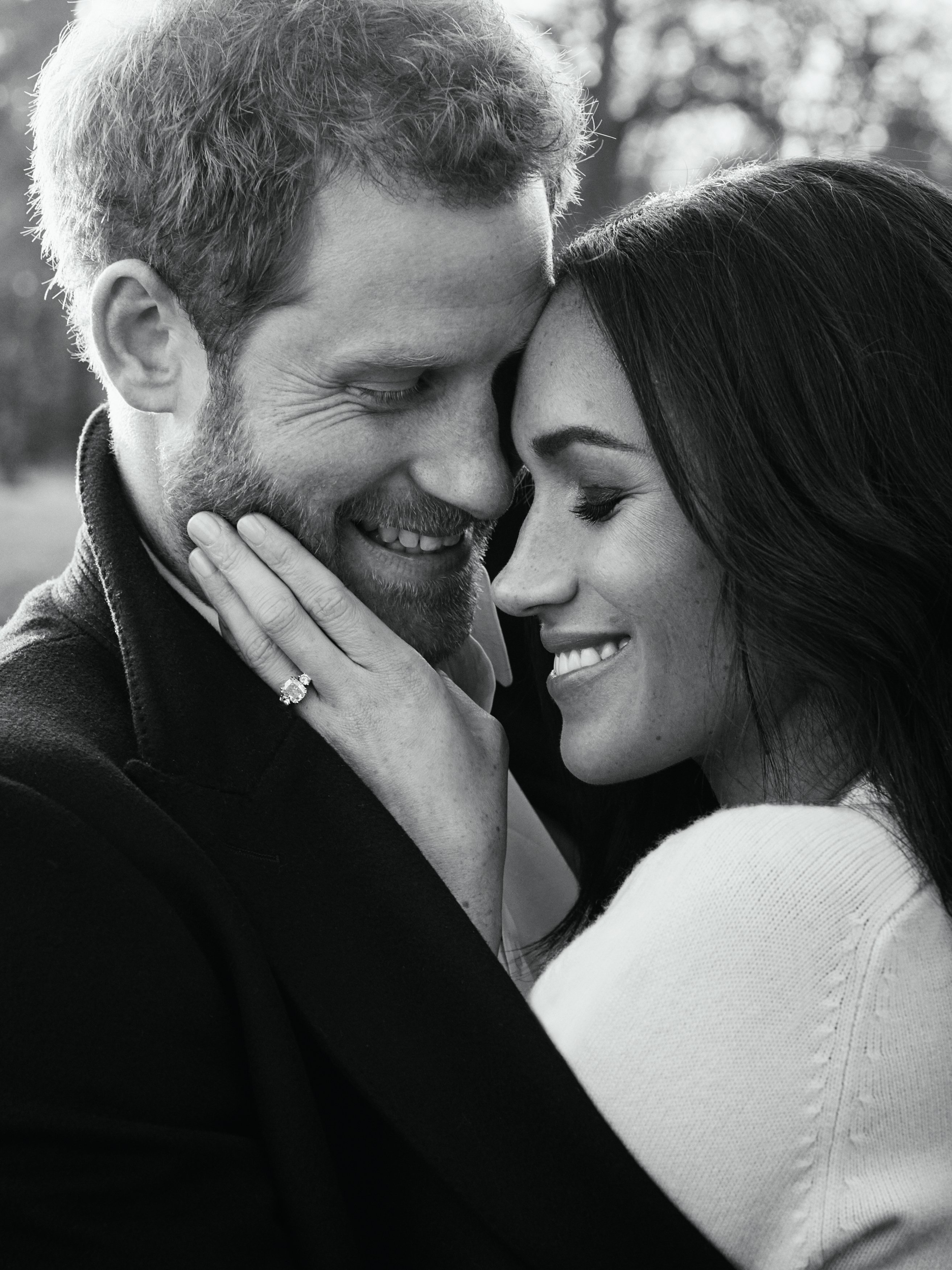 Prince Harry and Meghan Markle pose for their one of two official engagement photos at Frogmore House in December, 2017   Photo: Getty Images