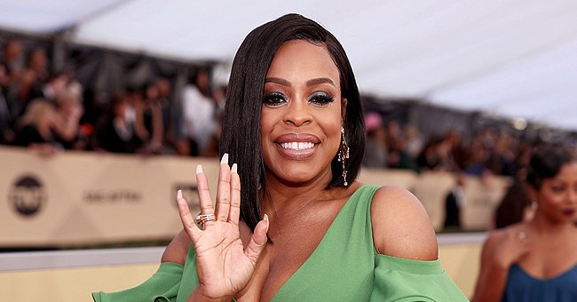 'Claws' Star Niecy Nash's Daughter Dia Stuns in Blue Bikini — Fans Say She Looks like Her Mom