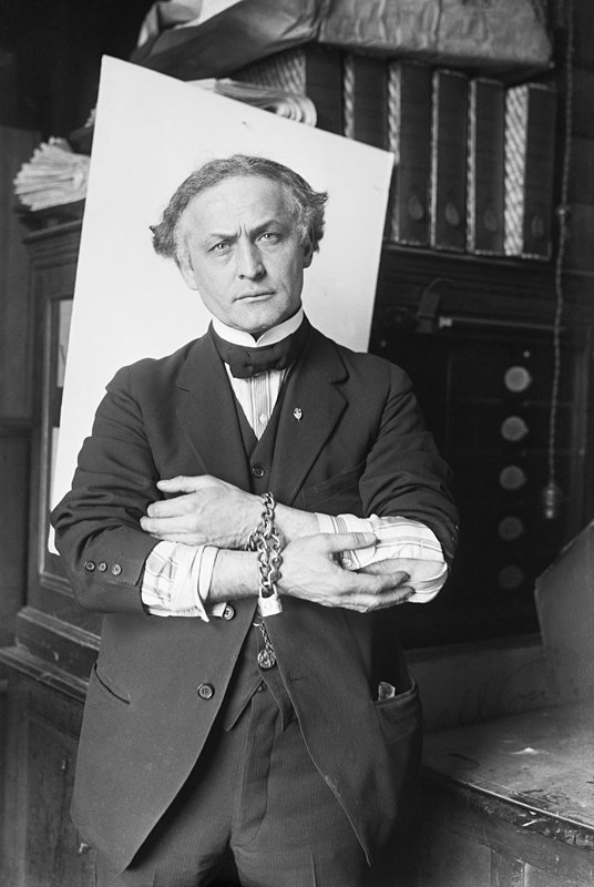Harry Houdini. I Image: Wikimedia Commons.