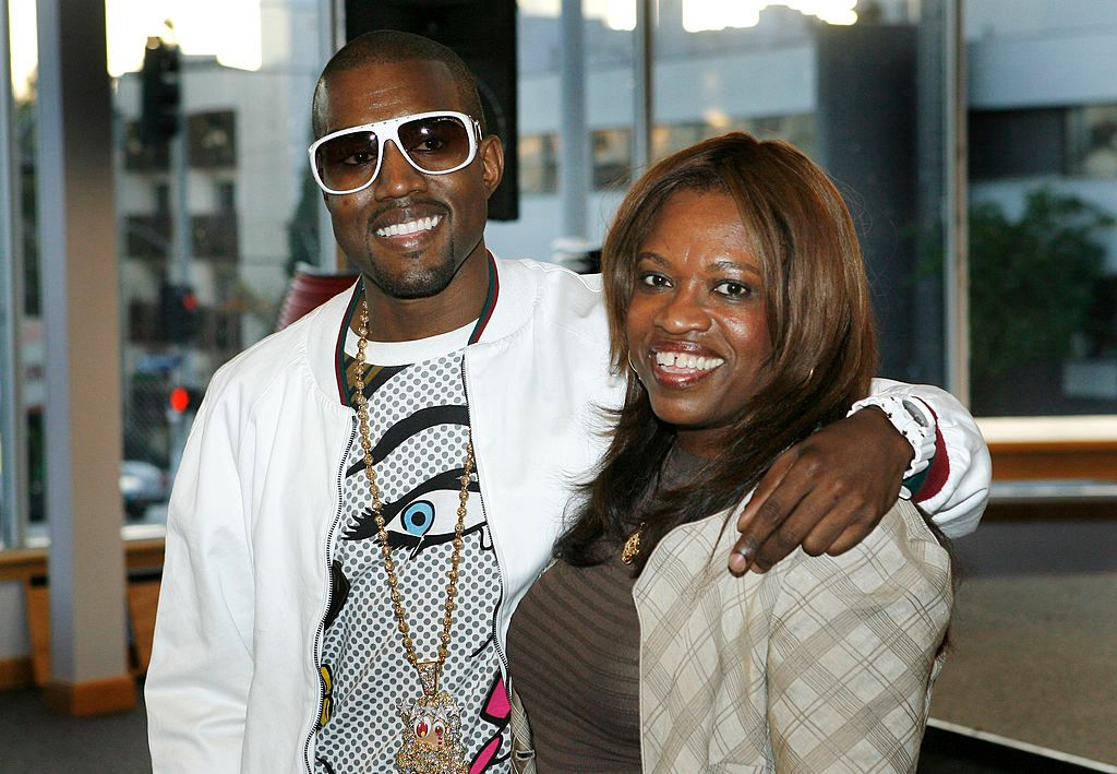 """Kanye and Donda West ata book signing for her memoir""""Raising Kanye: Life Lessons from the Mother of a Hip-Hop Superstar"""" on May 9, 2007, at Borders in Los Angeles, California 