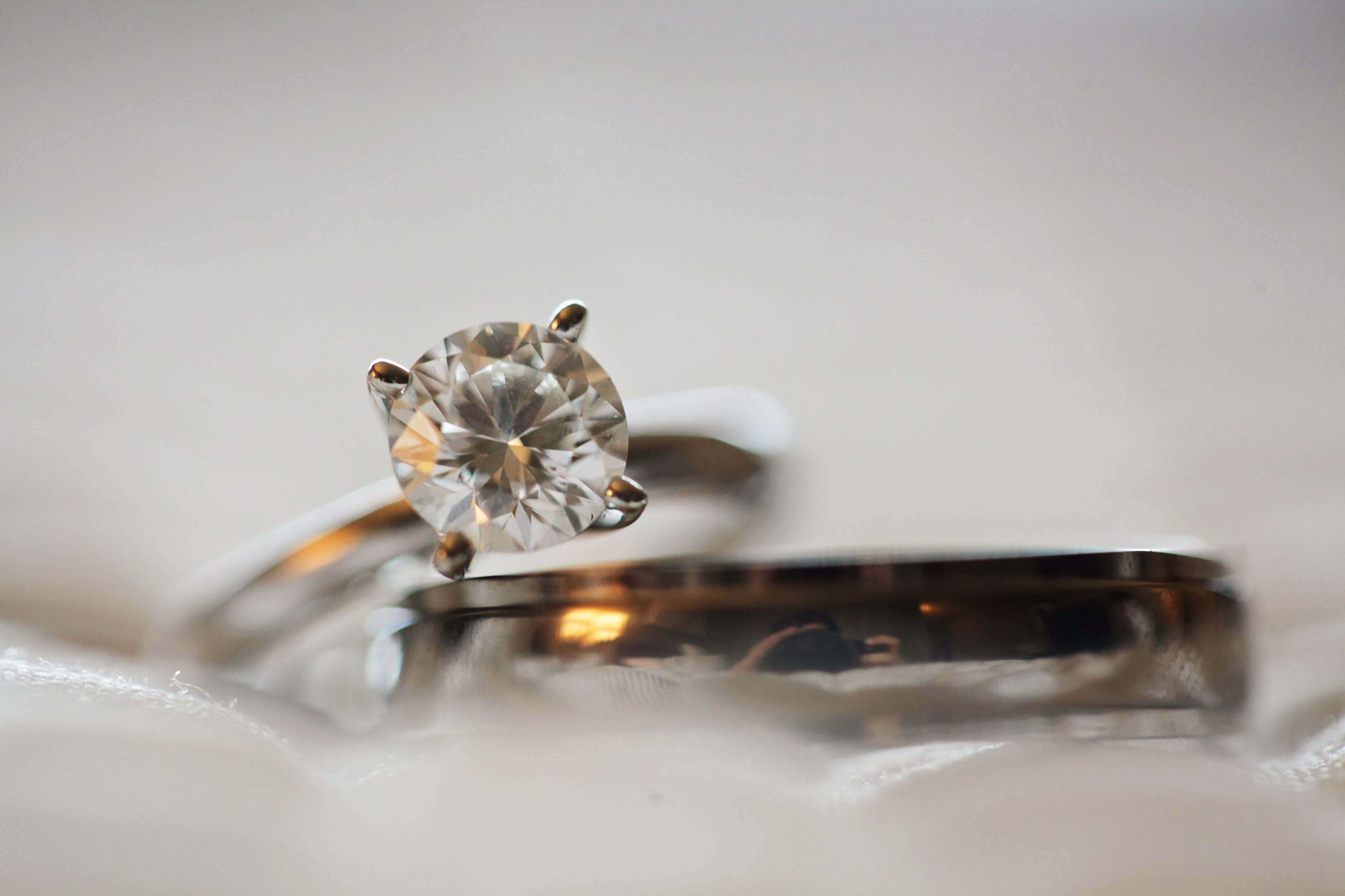 Wedding ring with diamond.   Source: Pexels/Leah