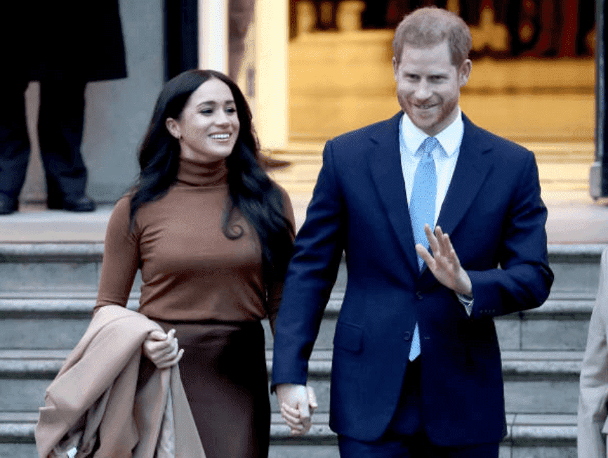 Prince Harry and Meghan wave to crowds as they leave Canada House, on January 07, 2020, in London, England | Source: Chris Jackson/Getty Images