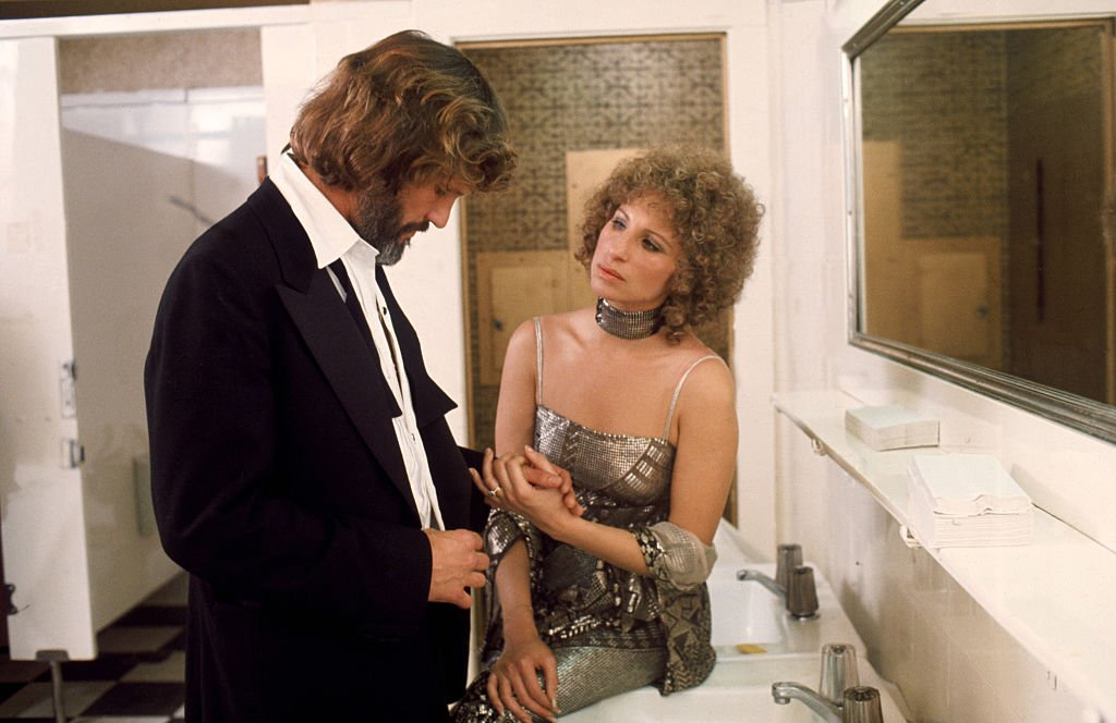 """Kris Kristofferson and Barbra Streisand on the set of """"A Star is Born"""", 1976   Source: Getty Images"""