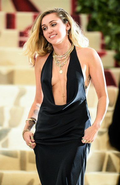 Miley Cyrus at Metropolitan Museum of Art on May 7, 2018 in New York City. | Photo: Getty Images