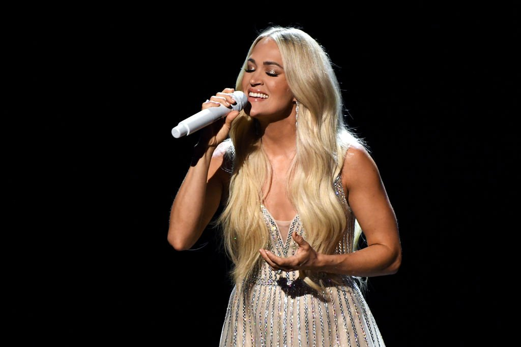 Carrie Underwood performing at the 56th Academy of Country Music Awards, 2021. | Photo: Getty Images