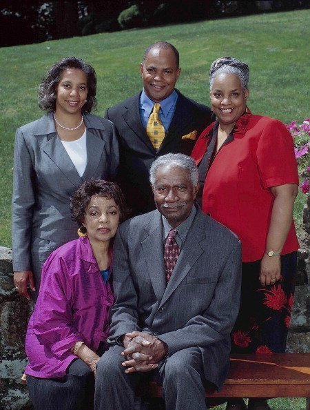 Ossie Davis and Ruby Dee with their children, (L-R) Hasna Muhammad, Guy Davis, and Nora Day | Photo: Getty images