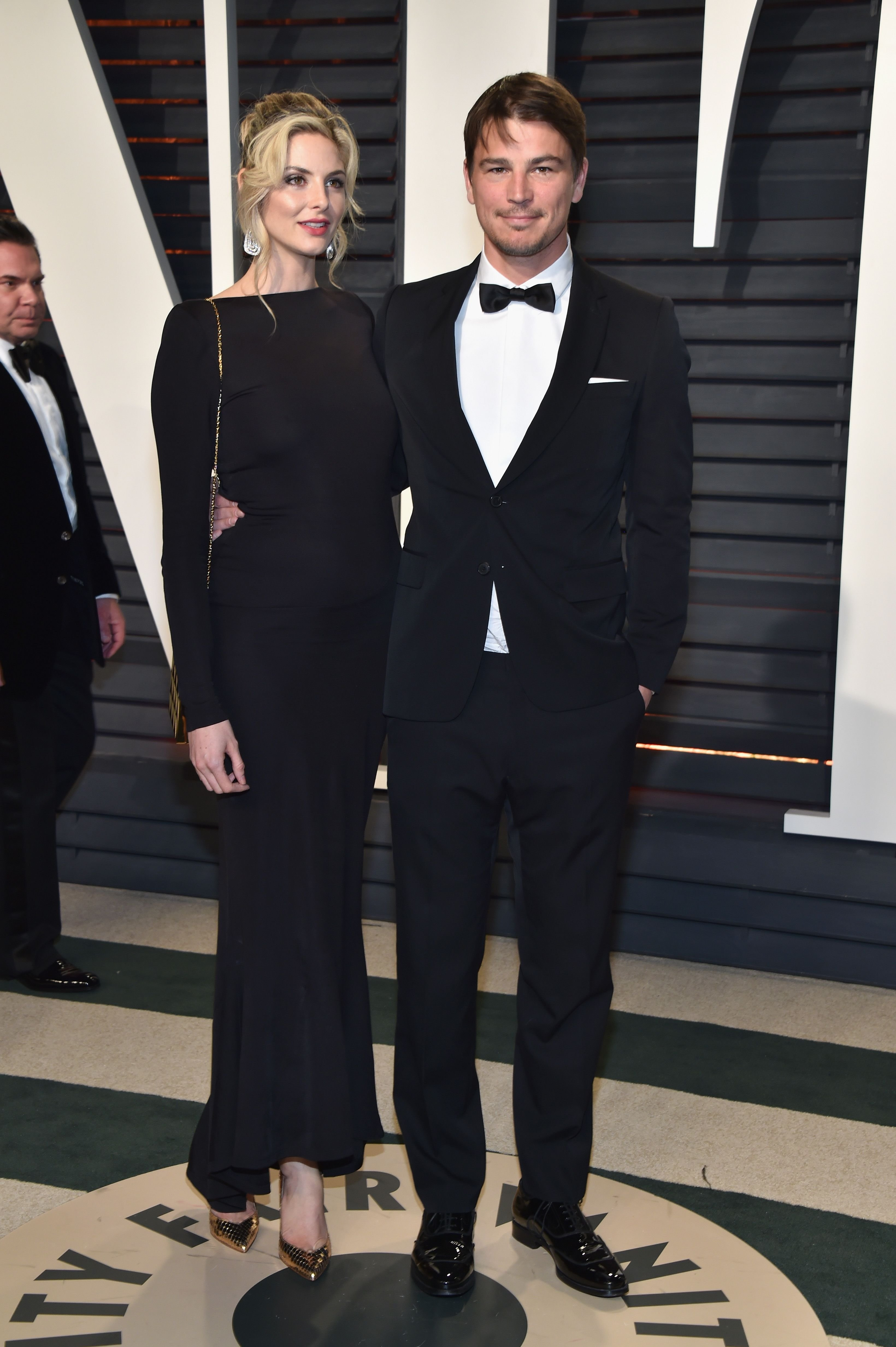 Tamsin Egerton and Josh Hartnett at the 2017 Vanity Fair Oscar Party in Beverly Hills, California   Source: Getty Images