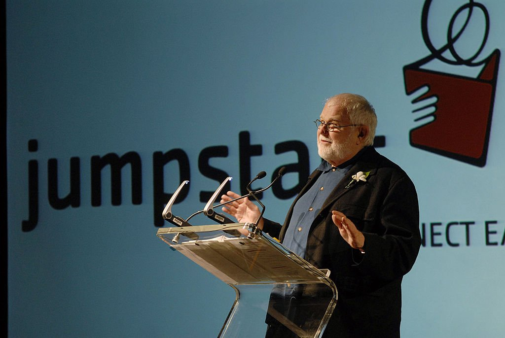"""Author Tomie dePaola speaks during the fourth annual """"Scribbles to Novels"""" gala to benefit Jumpstart April 28, 2008    Photo: Getty Images"""