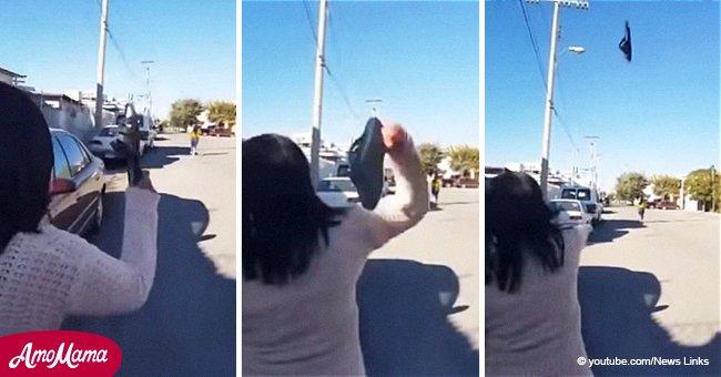 Madre golpea a su hija con una chancla desde una distancia imposible en nuevo video viral