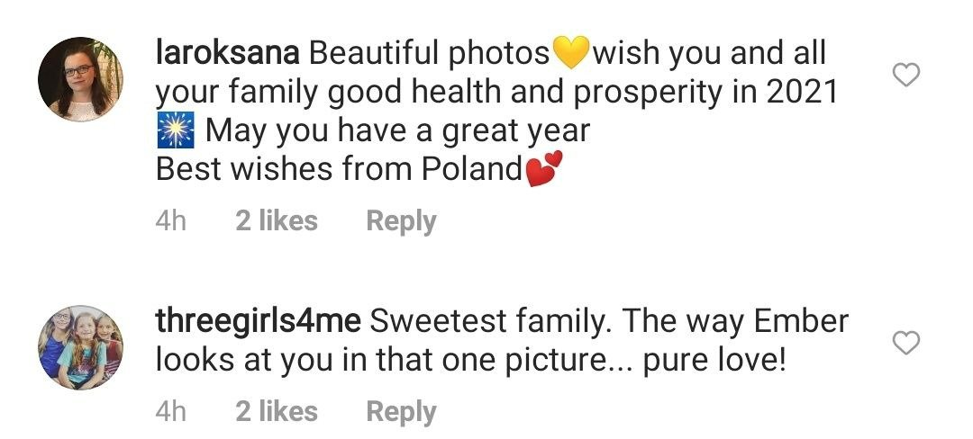 Fans' comments on Amy Roloff's family Christmas picture. | Photo: Instagram/Amyjroloff