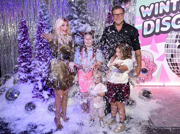 Tori Spelling, Stella Doreen McDermott, Beau Dean McDermott, Dean McDermott, and Hattie Margaret McDermott attend L.O.L. Surprise! Winter Disco Launch Party | Photo: Getty Images