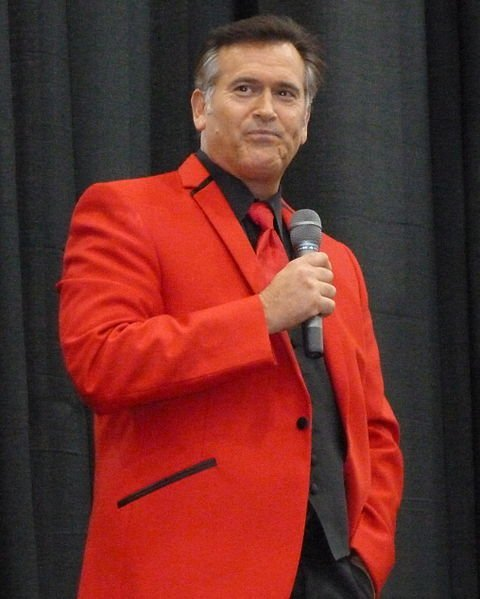 Bruce Campbell at the Detroit Fanfare 2011. | Source: Wikimedia Commons