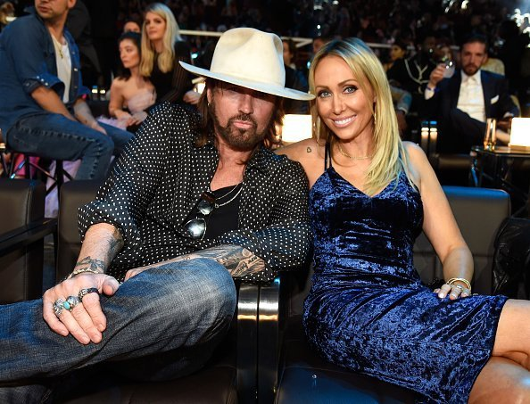Billy Ray Cyrus and Tish Cyrus at the 2017 MTV Video Music Awards at The Forum in Inglewood, California | Photo: Getty Images