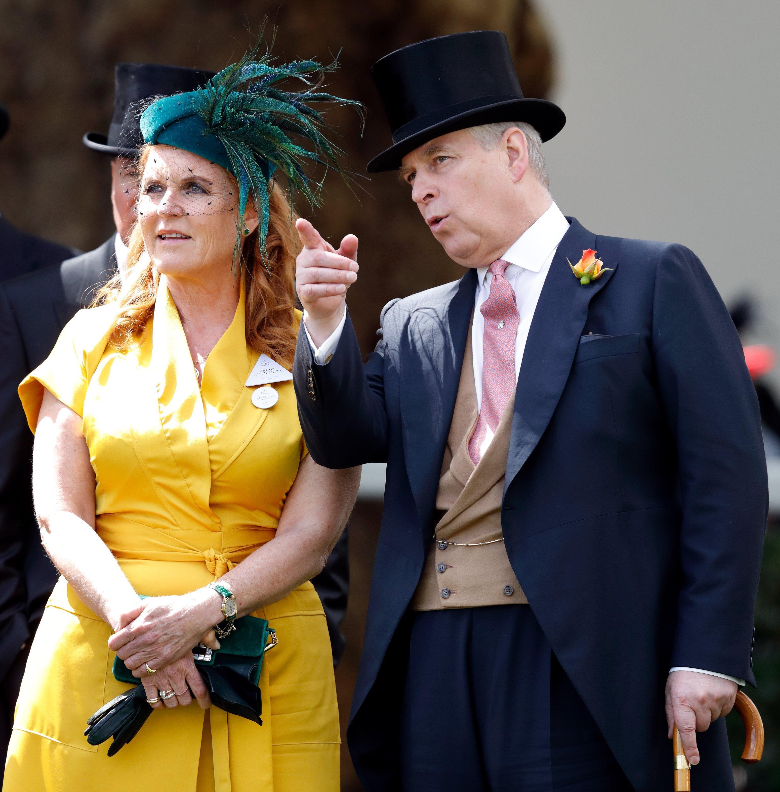 Sarah Ferguson, Duchesse de York et Prince Andrew, Duc de York, assistent à la quatrième journée de Royal Ascot à l'hippodrome d'Ascot le 21 juin 2019. | Photo : GettyImages