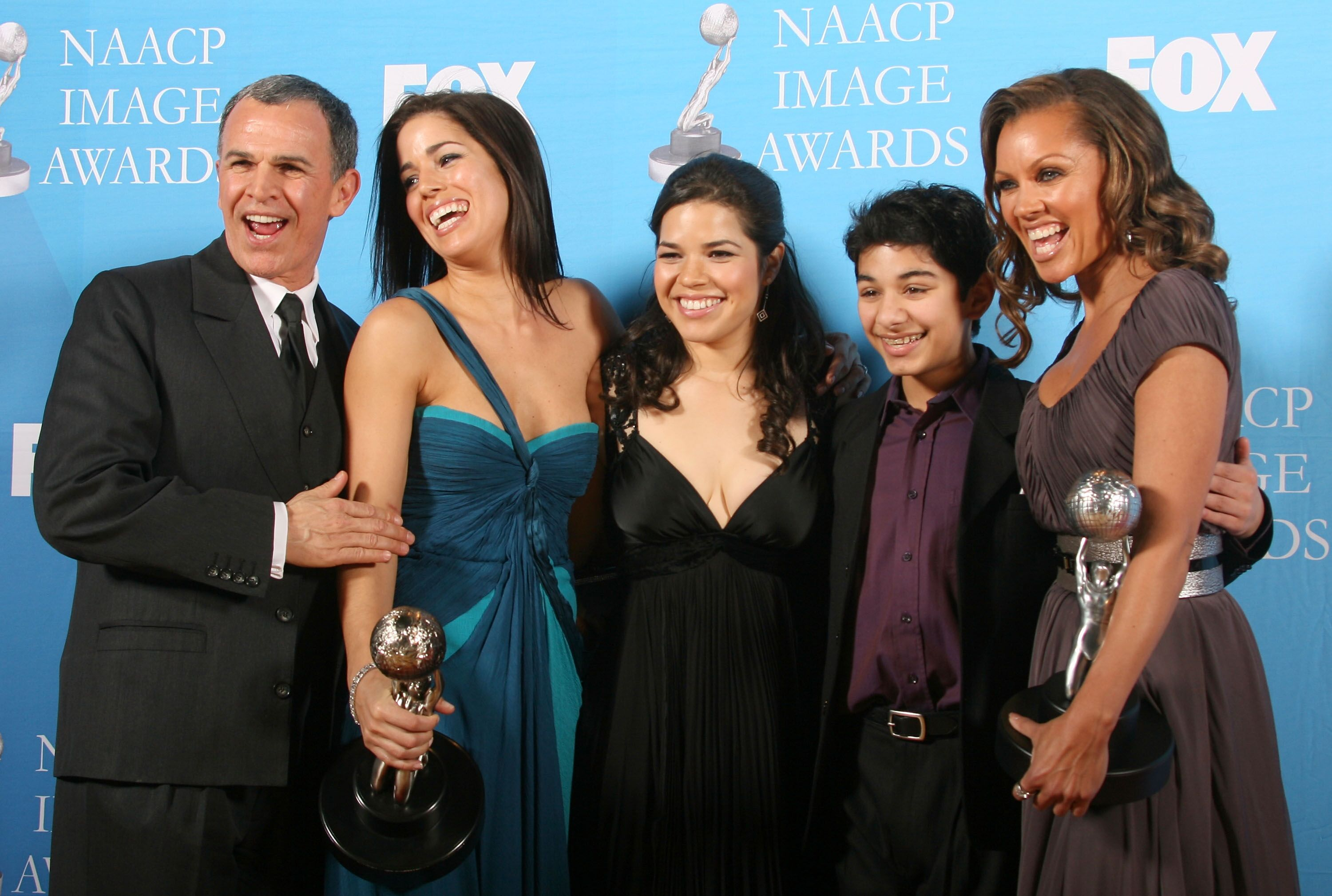 "America Ferrera, Tony Plana, Ana Ortiz, Mark Indelicato and Vanessa Williams with the ""Outstanding Comedy Series"" award for the show ""Ugly Betty at the Annual NAACP Image Awards in 2007 