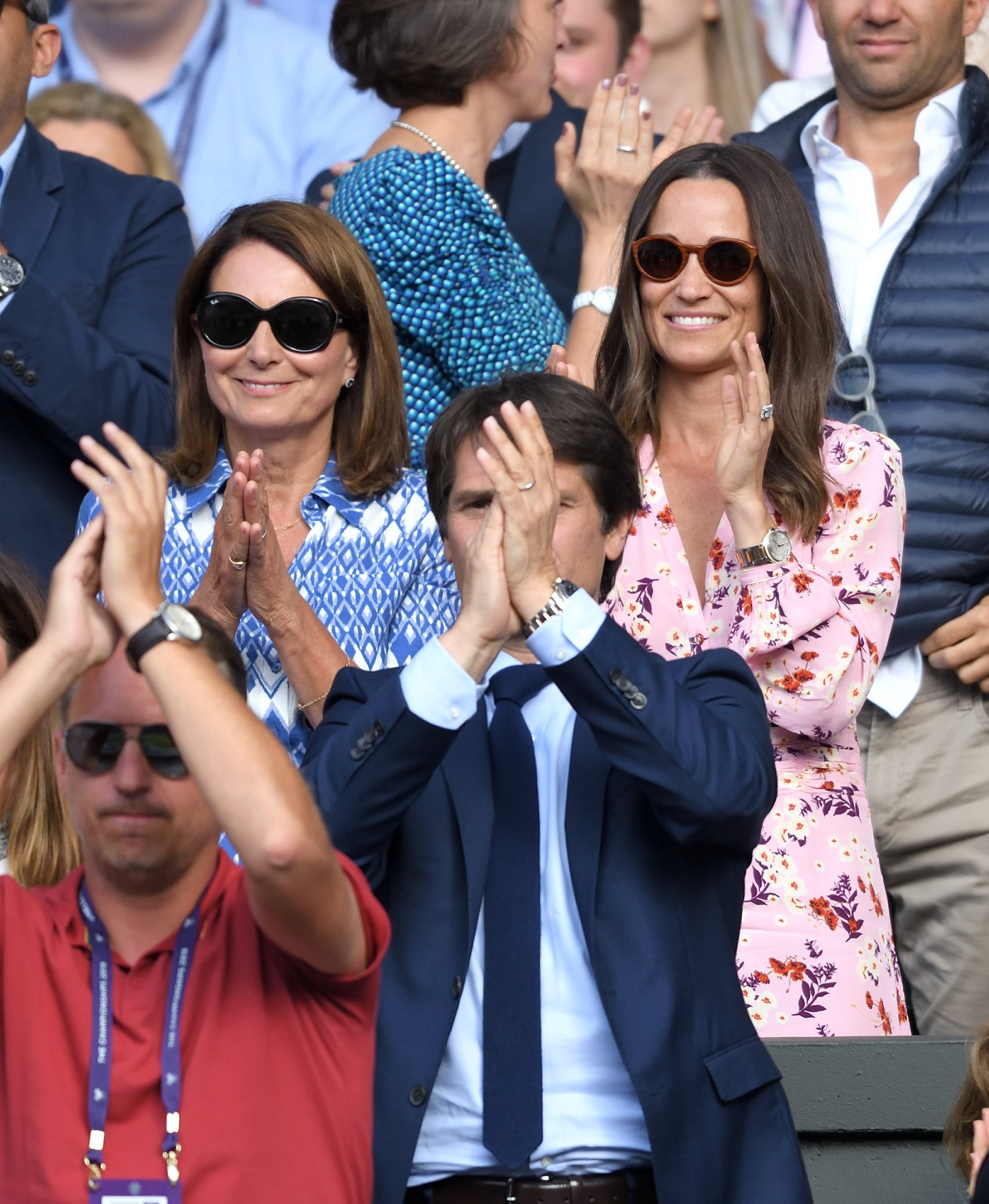 Carole Middleton et Pippa Middleton assistent à la treizième journée des Championnats de tennis de Wimbledon | Source : Getty Images
