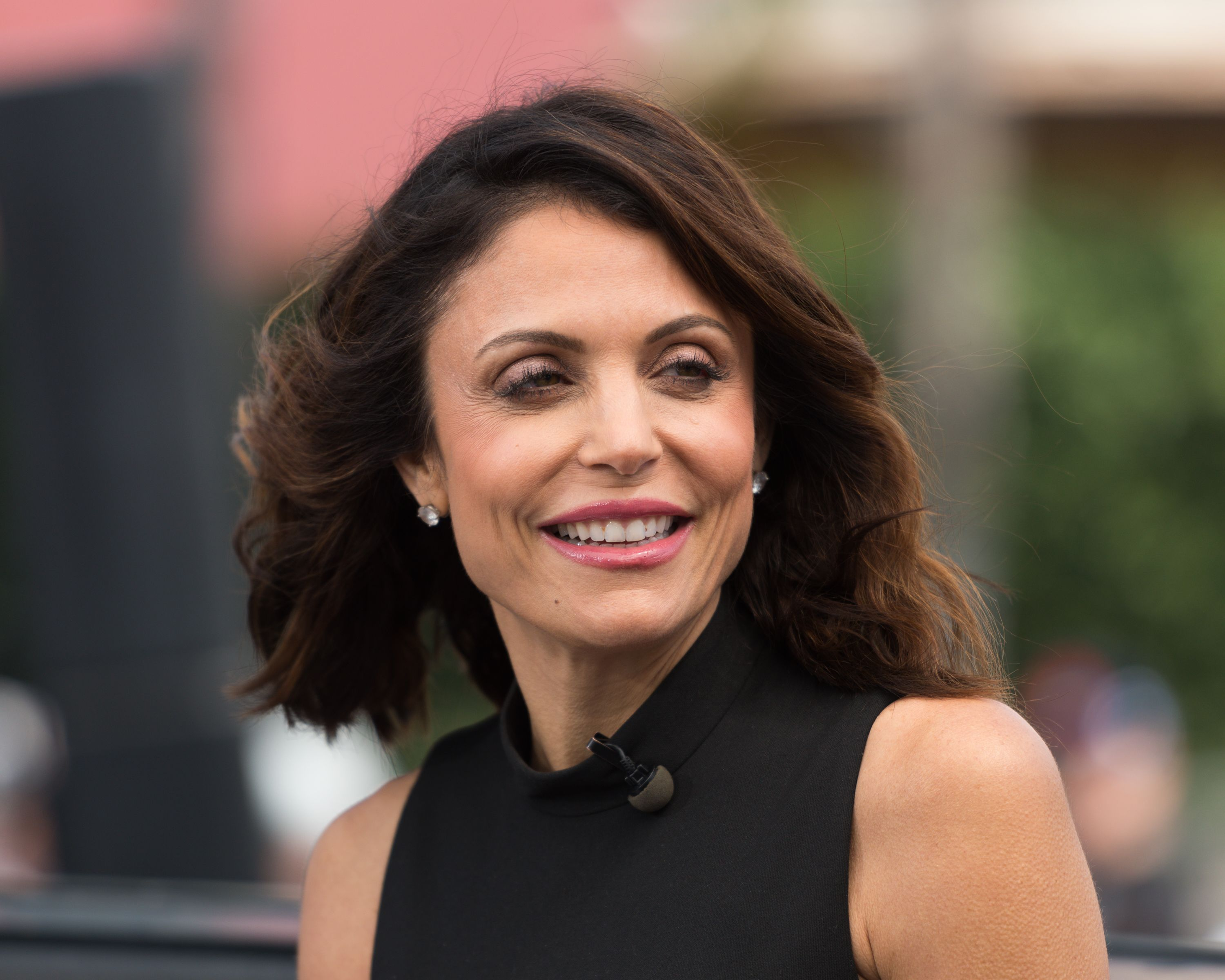 "Bethenny Frankel visits ""Extra"" at Universal Studios Hollywood on May 24, 2017 