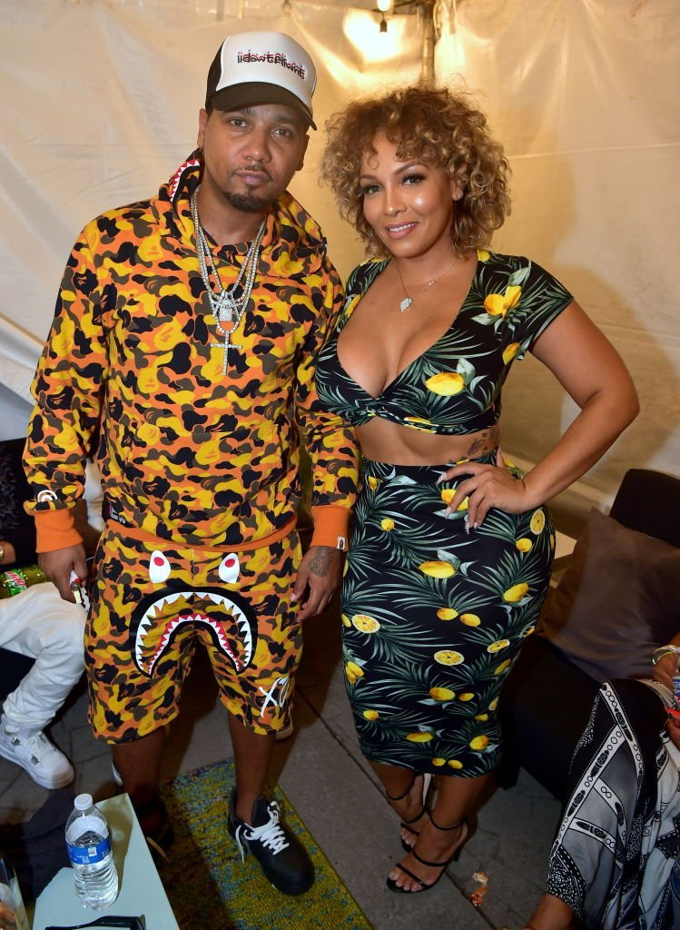Juelz Santana and Kimbella attend the 2018 A3C Festival at Georgia Freight Depot on October 7, 2018. | Photo: Getty Images