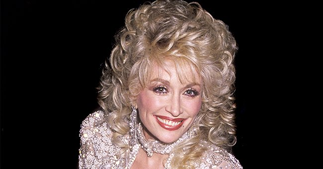 How Dolly Parton Looked 30 Years Ago — Glimpse at Her Archive Photos
