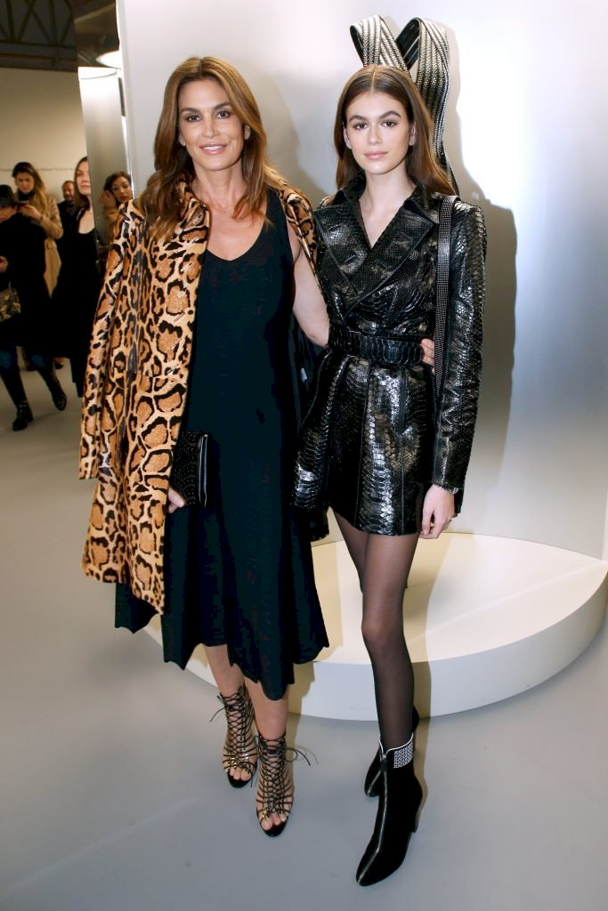 PARIS, FRANCE - JANUARY 21: Cindy Crawford and her daughter Kaia Gerber attend the