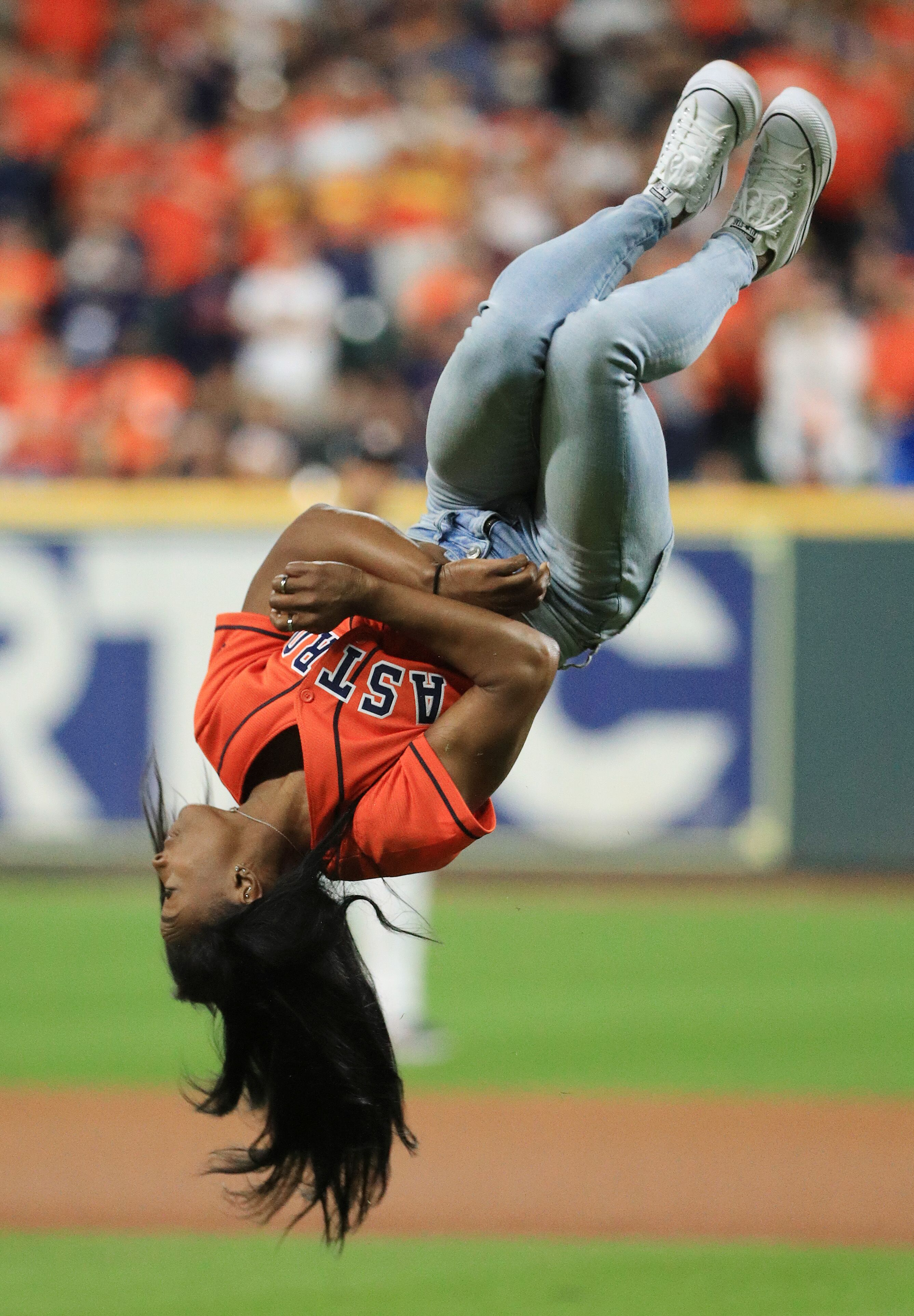 Simone Biles at a World Series game between the Houston Astros and the Washington Nationals on Oct. 23, 2019 in Texas | Source: Getty Images