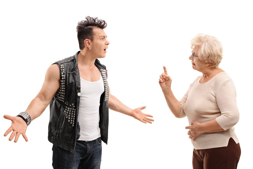 Angry soon confronting his mother. | Photo: Shutterstock