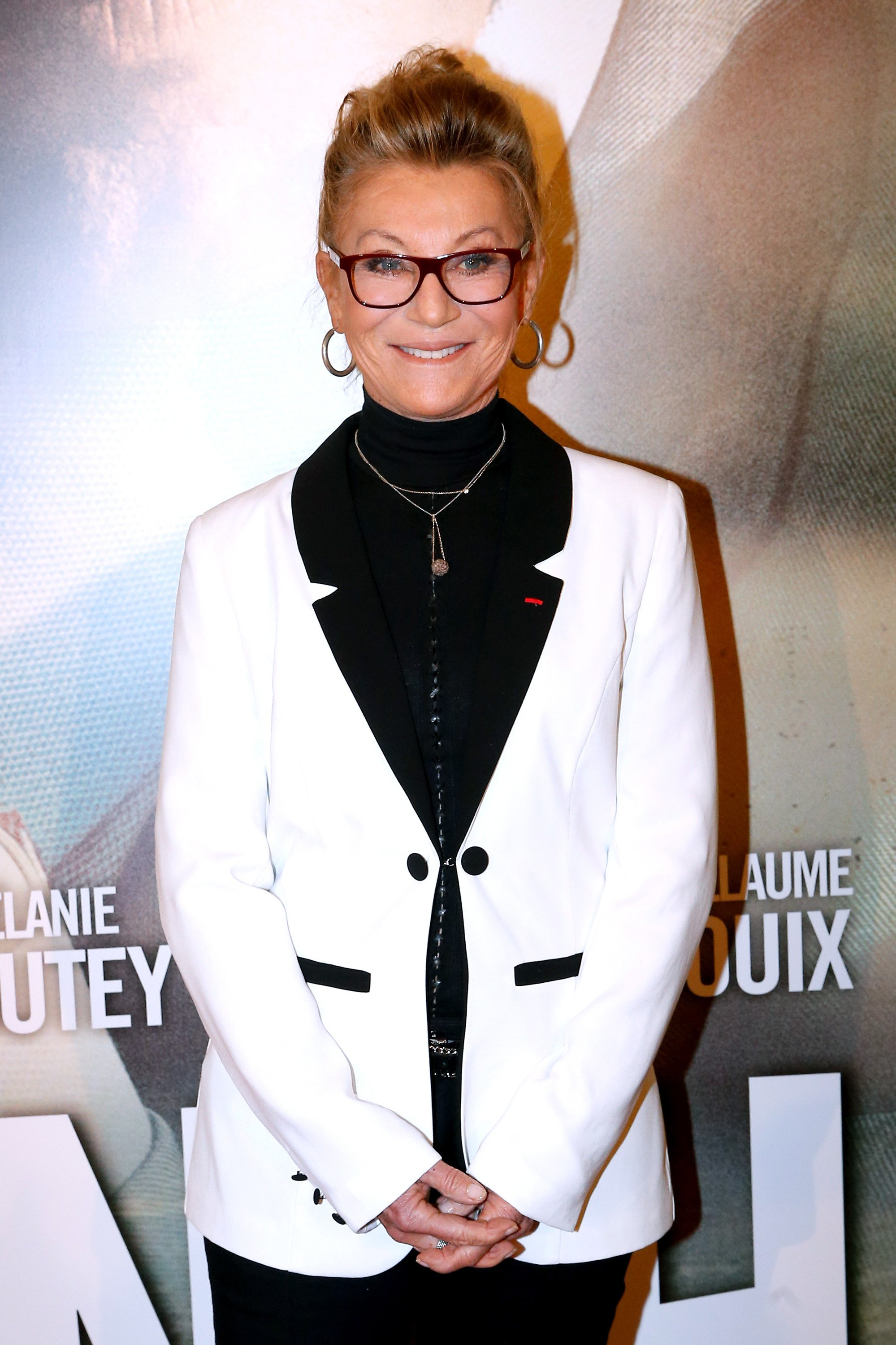 Annie Chancel (Sheila) pose devant les cameras | photo: Getty Images