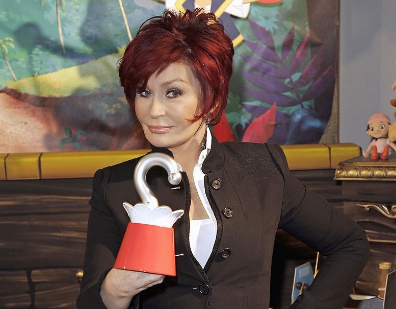 Sharon Osbourne en la American International Toy Fair en Nueva York el 13 de febrero de 2012. | Foto: Getty Images