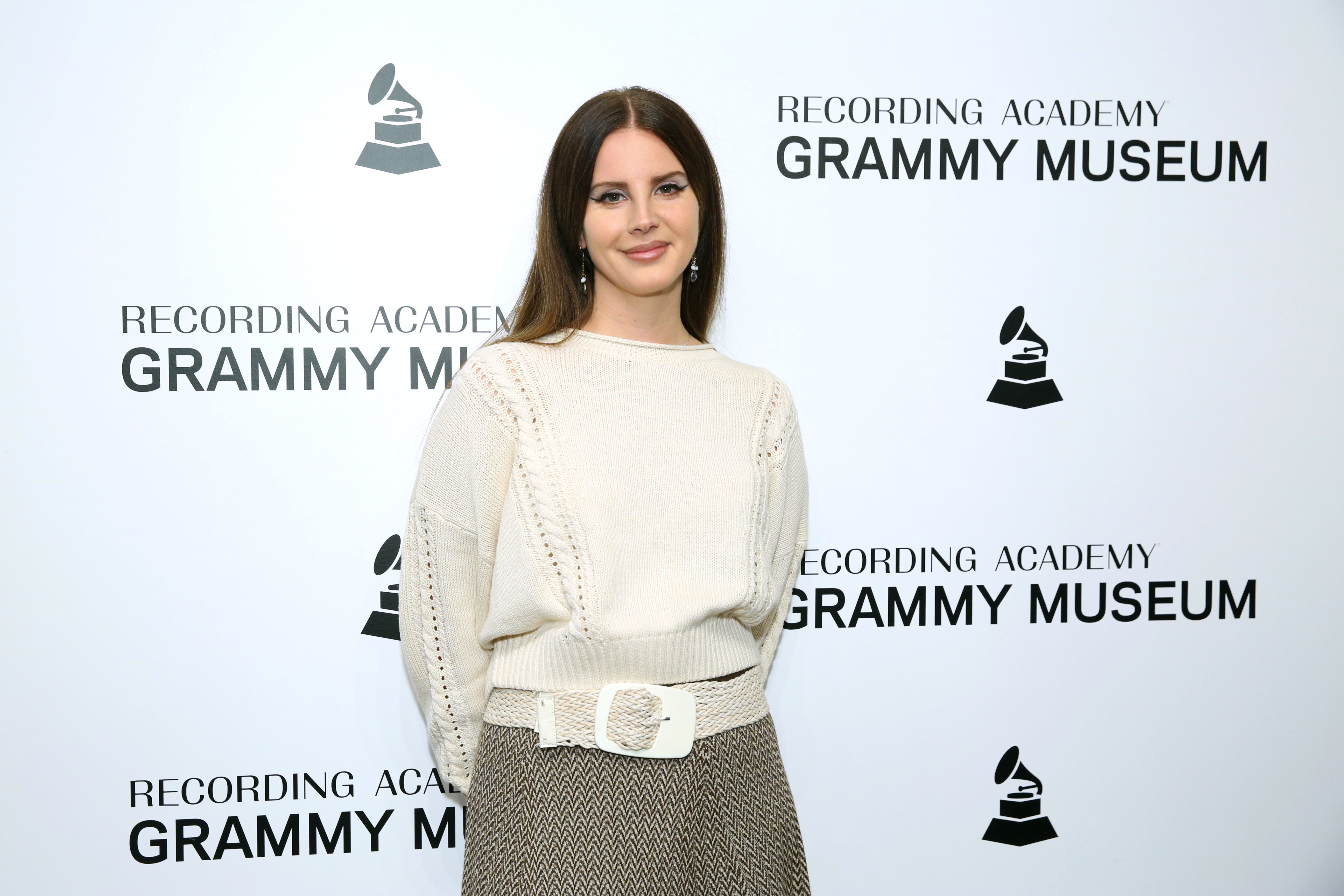 Lana Del Rey at The Drop: Lana Del Rey at the GRAMMY Museum on October 13, 2019 | Photo: Getty Images