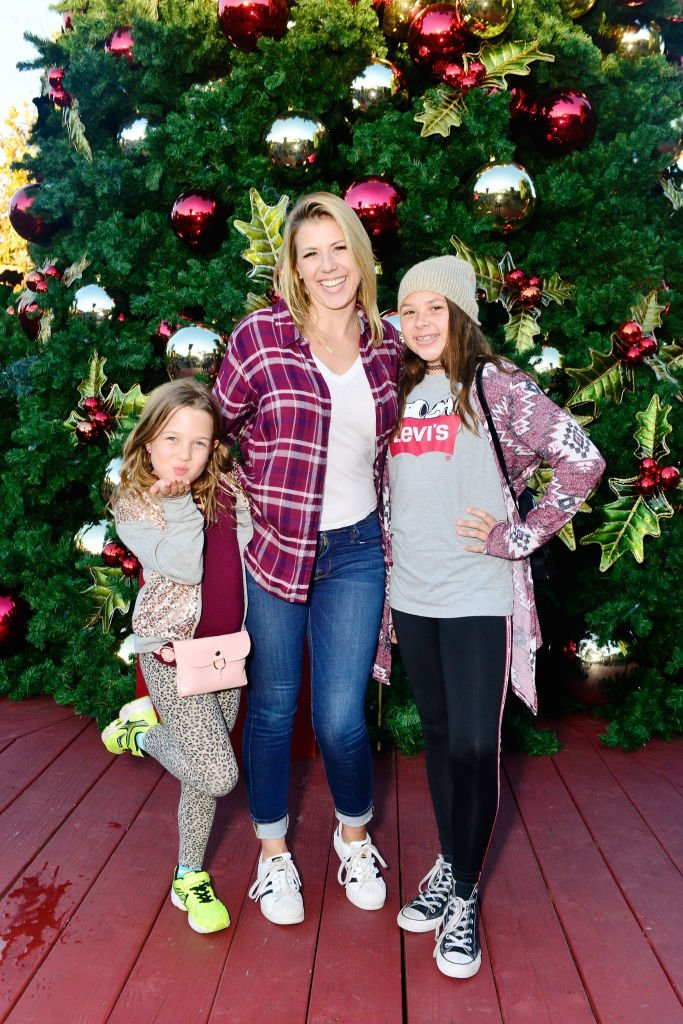 Jodie Sweetin with her daughters Zoie and Beatrix in California | Getty Images