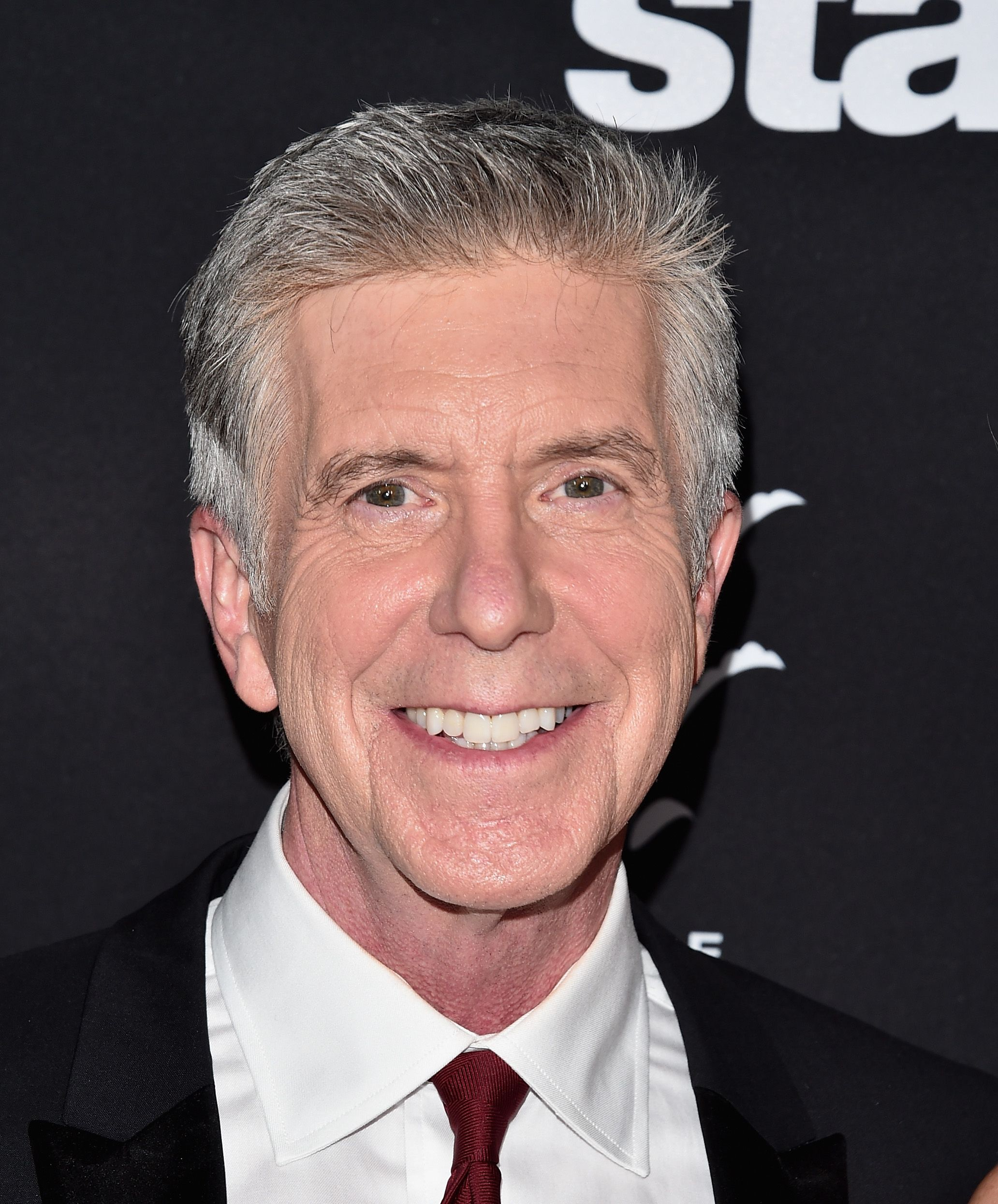 "Tom Bergeron at ABC's ""Dancing With The Stars"" Season 23 Finale at The Grove on November 22, 2016 in Los Angeles, California. 