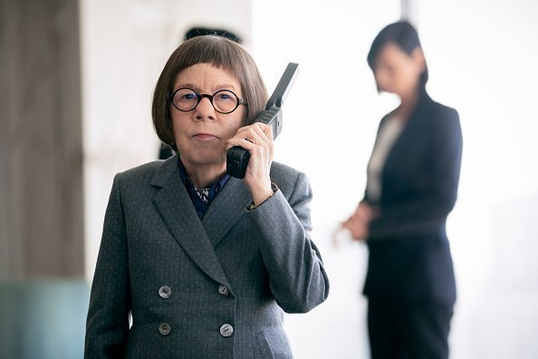 "Linda Hunt (Henrietta ""Hetty"" Lange) on the set of NCIS: Los Angeles 
