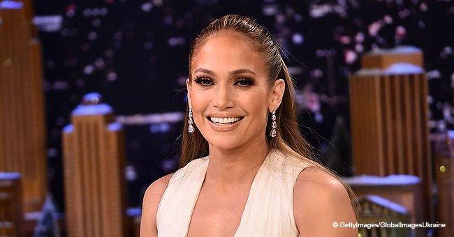 Jennifer Lopez est fiancée à Alex Rodriguez et sa bague est magnifique