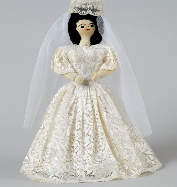 Rag doll with wedding dress | Photo: Getty Images