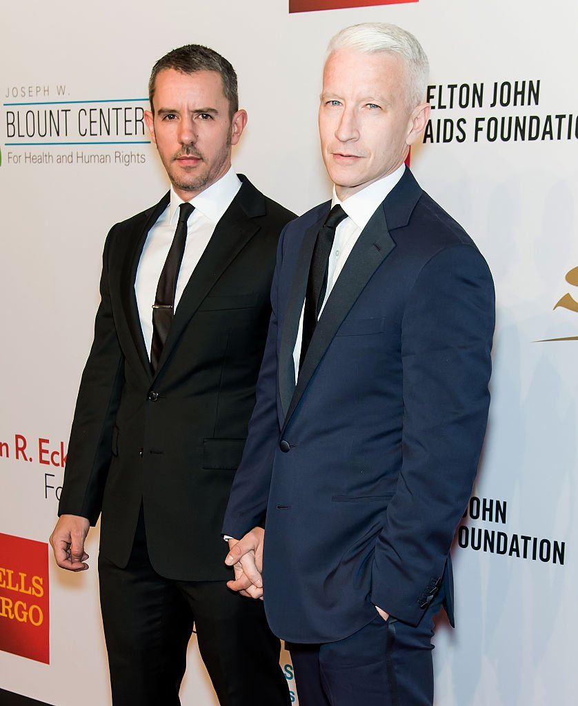 Benjamin Maisani and Anderson Cooper attend Elton John AIDS Foundation at New York City, in 2015 | Photo: Getty Images