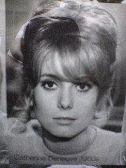 Catherine Deneuve dans les années 60' | Photo : Flickr