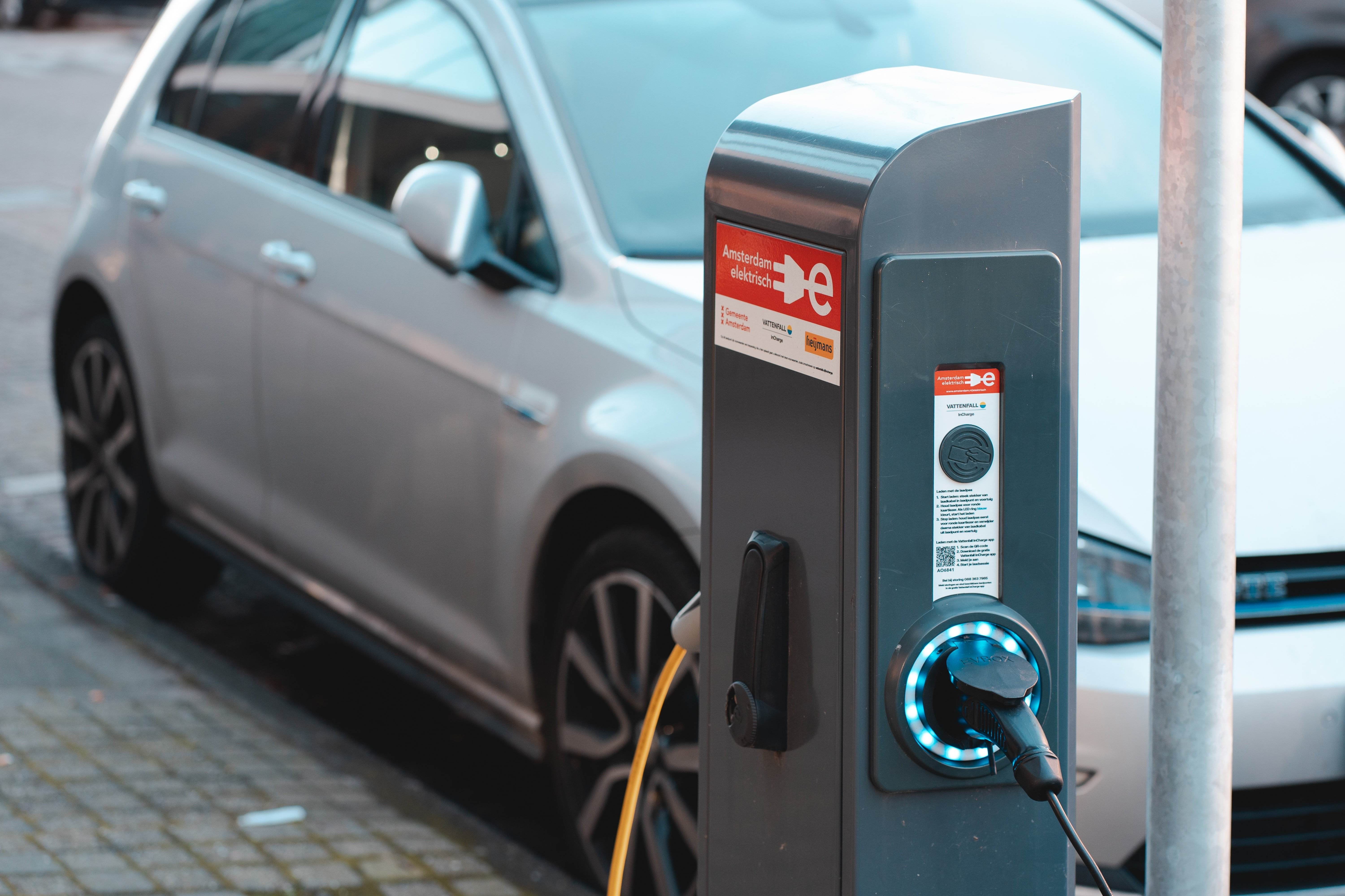 Eletric car being charged | Source: Unsplash