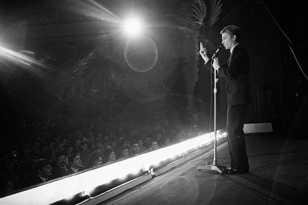 """Claude François interprétant """"Comme d'habitude"""". l Source : Getty Images"""