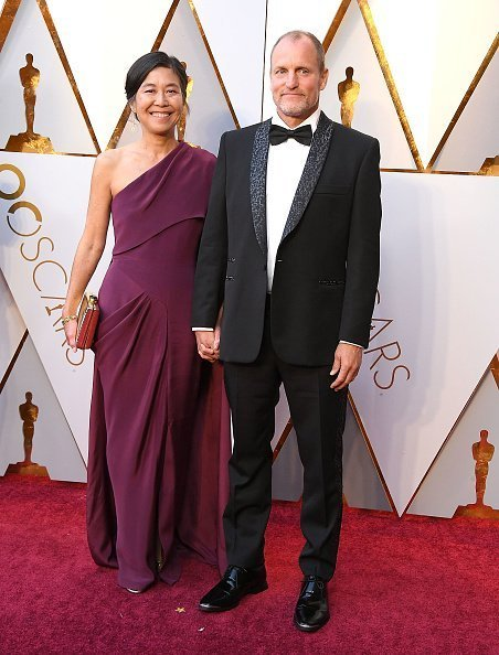 Laura Louie, Woody Harrelson at the 90th Annual Academy Awards on March 4, 2018 | Photo: Getty Images