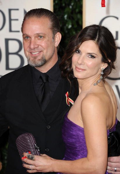 Jesse James and Sandra Bullock at The Beverly Hilton Hotel on January 17, 2010 in Beverly Hills, California   Photo: Getty Images
