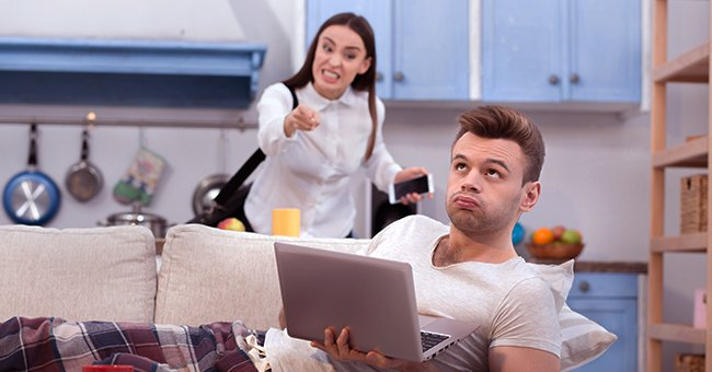 Woman complaining to an unbothered man | Source: Shutterstock