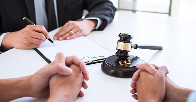 Daily Joke: A Salesman Testifies in Divorce Proceedings against His Wife