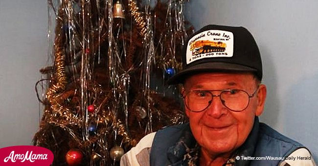 Man swore he wouldn't put out his Christmas tree until his sons came back home