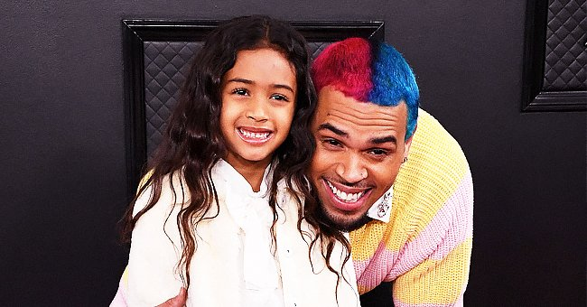 Chris Brown's Daughter Royalty Hugs Baby Sister Sinatra as They Pose in Ruffled Outfits (Photo)