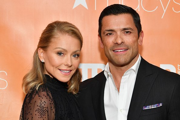 Kelly Ripa and Mark Consuelos attend the 2019 TrevorLIVE New York Gala at Cipriani Wall Street in New York City | Photo: Getty Images