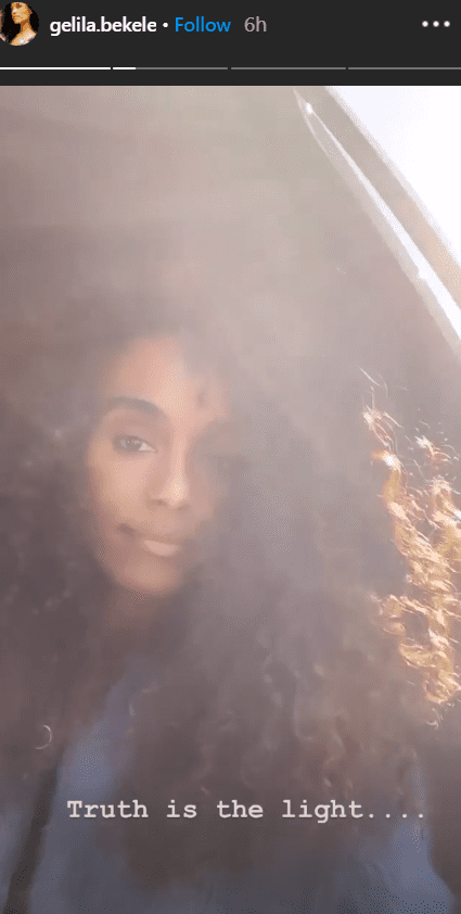 Gelila Bekele shares a selfie with a ray of sunshine reflecting on her. | Photo: Instagram/Gelila.bekele