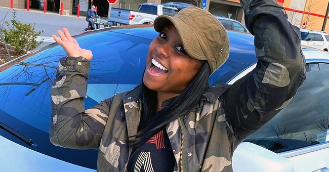 'The Cosby Show' Star Keshia Knight Pulliam Flashes Her Lovely Smile Posing in a Military Coat