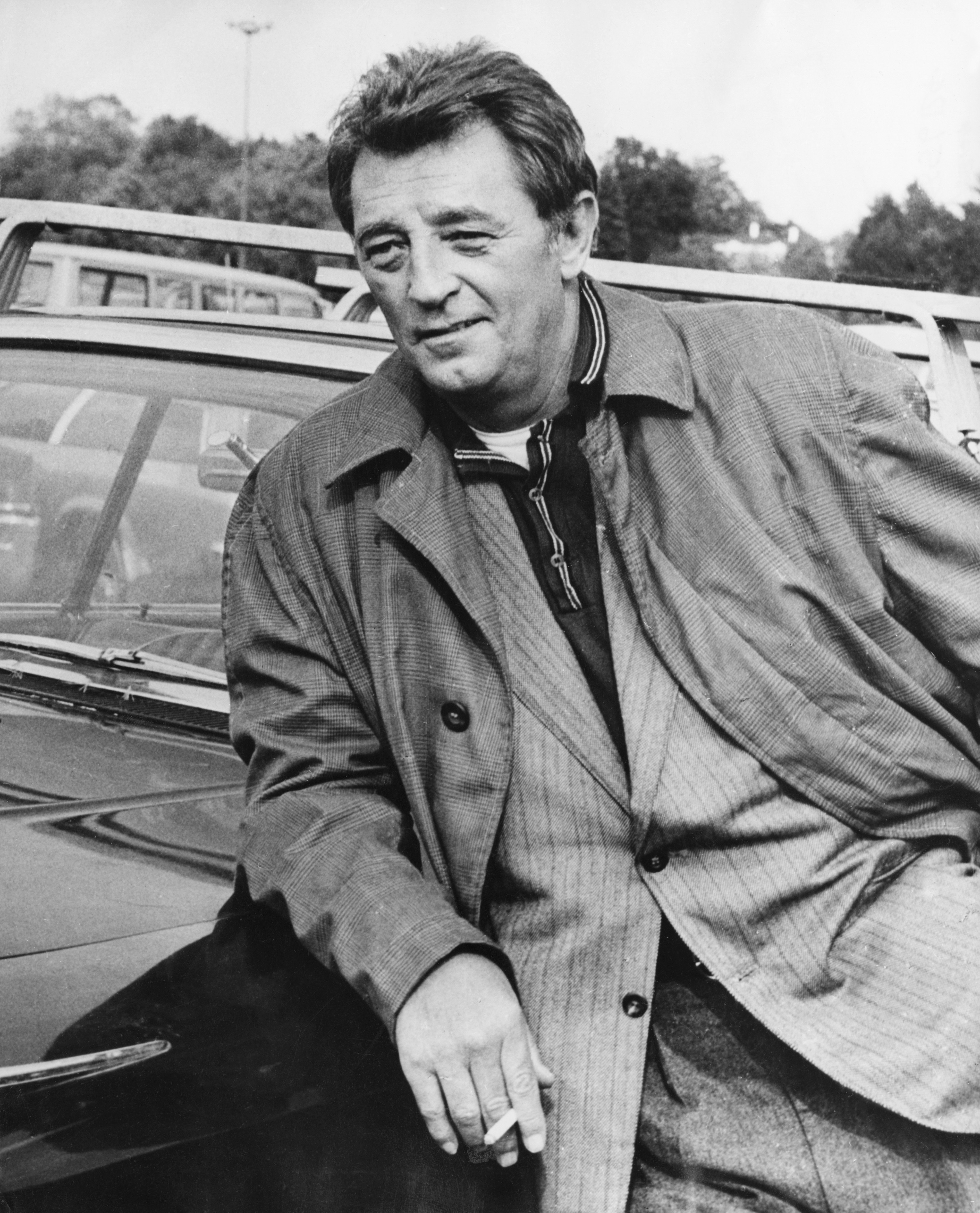 Robert Mitchum, August 6, 1917 l Image: Getty Images
